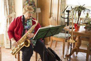 Tonnie en saxofoon